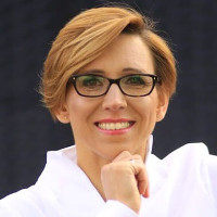 Beata Adamczyk-Nowak